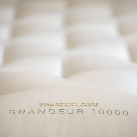 Grandeur 10000 detailed V1